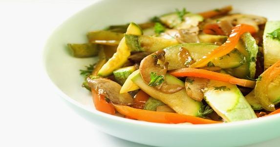 Cazuela de verduras saudeter - Como hacer verduras salteadas ...